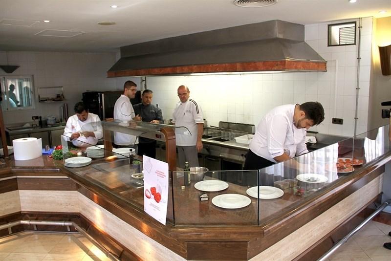 Actualidad Actualidad Huelva toma el relevo a Toledo como Capital Española de la Gastronomía 2017