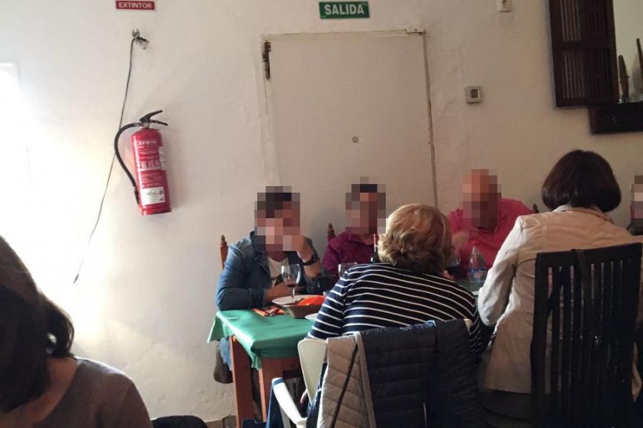 Actualidad Actualidad Medio centenar de clientes del Imserso denuncian a un restaurante de Cádiz