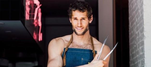 Chef Chef El chef que enseña a cocinar en ropa interior