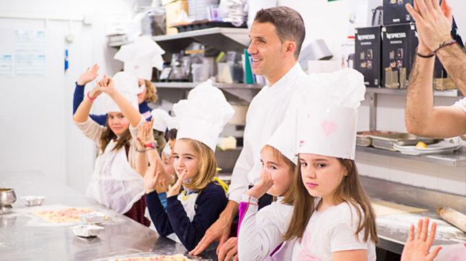 Actualidad Actualidad Una treintena de 'junior chefs' triunfan con su 'Cheese and Ham Scrolls'