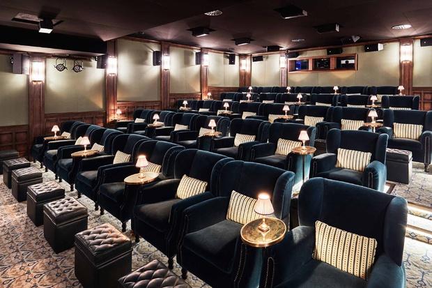 Actualidad Actualidad Cenar en el cine: la última tendencia que llega para quedarse