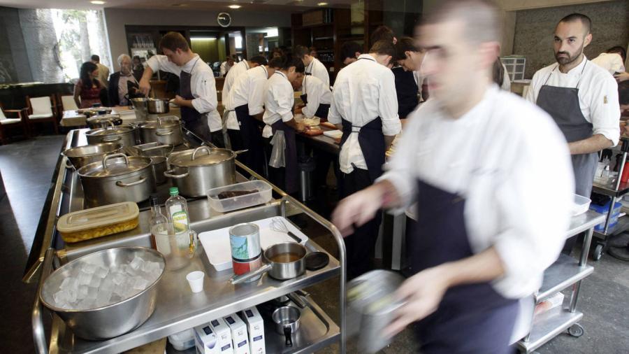 Actualidad Actualidad Esto dicen los laboralistas sobre los becarios Michelin: Tenerlos trabajando es ilegal