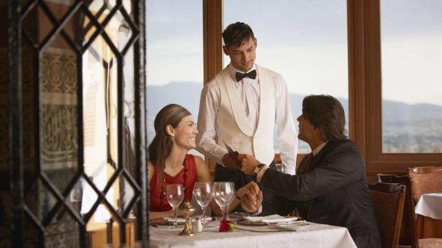 Actualidad Actualidad Madrid sigue sin cobrar la deuda histórica de los restaurantes de la Casa de Campo.